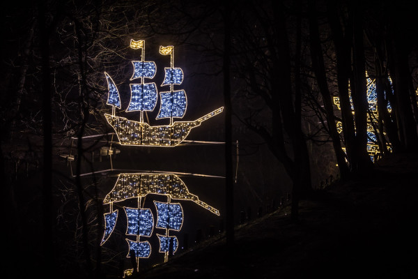 Park Oliwski ponownie rozbłyśnie świątecznymi światełkami.