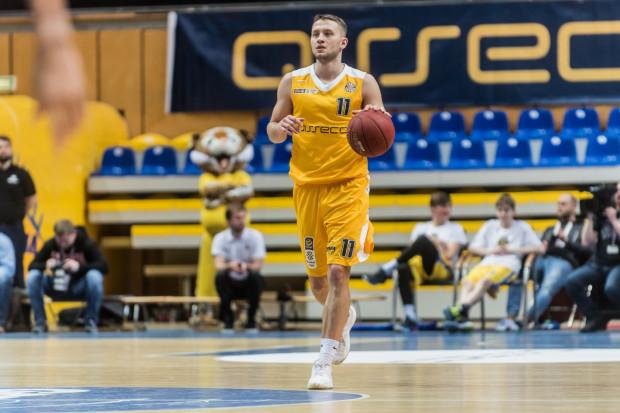 Marcel Ponitka dołączył do Asseco Arki Gdynia w 2016 roku i nad morzem spędził 3 lata. Latem żółto-niebieskich zamienił na Stelmet Enea BC Zielona Góra, a w czwartek zmierzy się z byłym zespołem.