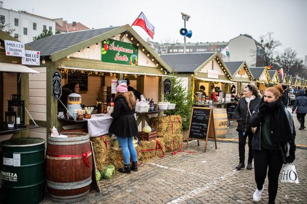 Jarmark Bożonarodzeniowy potrwa do 1 stycznia włącznie.