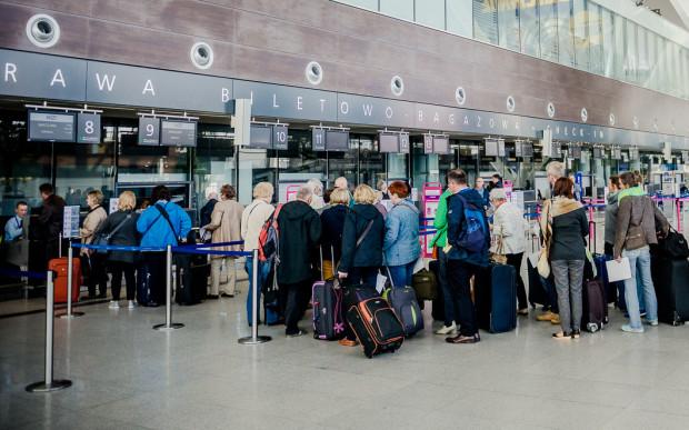 Opóźnione samoloty to rzadki problem dla pasażerów gdańskiego lotniska.