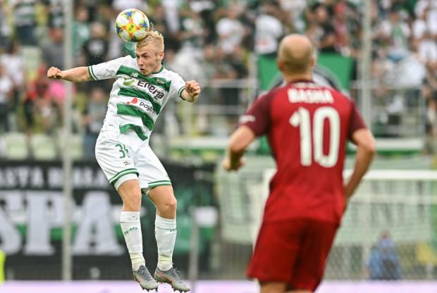 Lechia Gdańsk w meczu z Wisłą Kraków wróciła do strategii, która przynosiła sukces w poprzednim sezonie. Jednym z najbardziej chwalonych piłkarzy biało-zielonych był Tomasz Makowski.