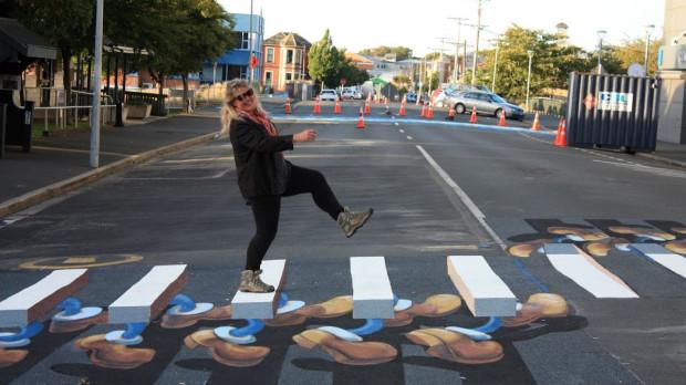 Fantazyjne trójwymiarowe przejście dla pieszych w Nowej Zelandii.