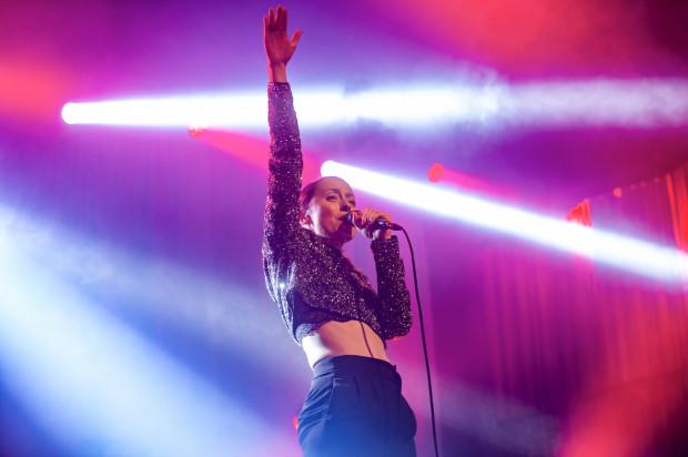Natalia Przybysz wykonała piosenki ze swojej nowej płyty.