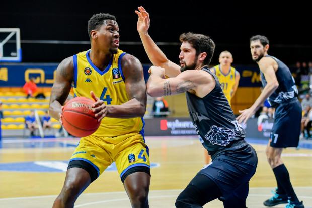 Koszykarze Asseco Arki Gdynia dobrze zaprezentowali się w pierwszej połowie z Dolomiti Energia Trento. Podobnie jak w poprzednich starciach Eurocup, spuścili z tonu po przerwie.