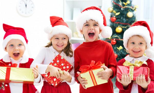 Święta zbliżają się wielkimi krokami - to już ostatnia chwila, by pomyśleć o prezentach dla najmłodszych.