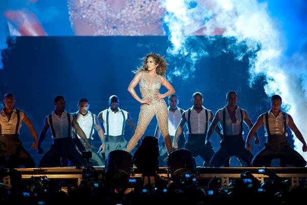 Jennifer Lopez w 2012 roku zainaugurowała działalność koncertową obecnego Energa Stadionu (wtedy jeszcze PGE Arena).