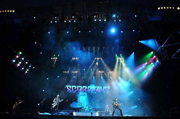 Scorpions i Kylie Minogue grali w Stoczni z okazji 20-lecia wyborów czerwcowych.
