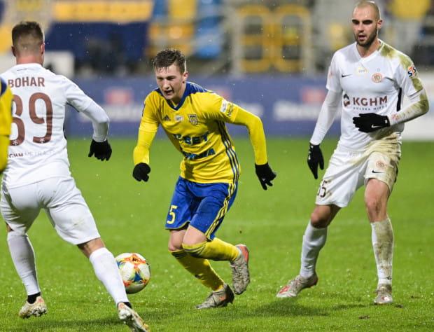 Mateusz Młyński był rewelacją jesieni 2018 w ekstraklasie. W tym roku rozwój talentu młodzieżowca Arki Gdynia zahamowały kontuzje.