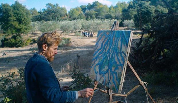 """Willem Dafoe brawurowo wcielił się w postać słynnego holenderskiego malarza w filmie """"Van Gogh. U bram wieczności"""". To jeden z 10 tytułów, które zobaczymy w Gdańsku podczas VII Przeglądu Ambitnego Kina."""