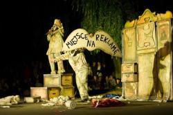 """Zabawny, ciekawy spektakl """"Mignone"""" dla widzów dużych i małych zaprezentował teatr Wędrujące Lalki Pana Pezo."""