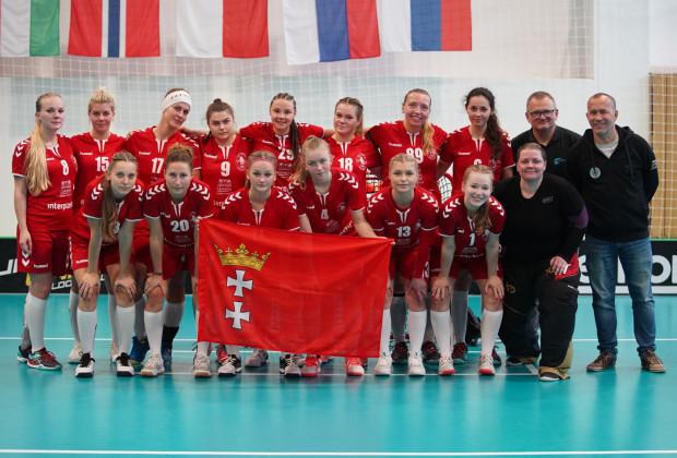 Unihokeistki Interplastic Olimpii Osowa Gdańsk są liderem ekstraligi na półmetku sezonu.