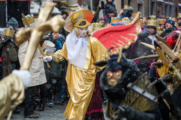 Orszaki Trzech Króli przejdą 6 stycznia ulicami Gdańska i Gdyni.