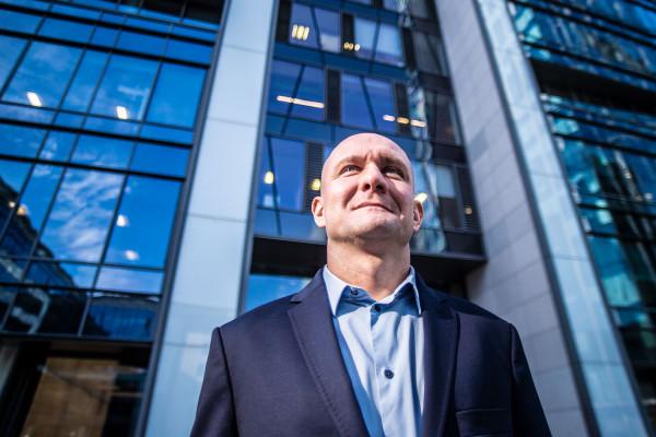 Przemysław Wajda to absolwent Uniwersytetu Jagiellońskiego. Menedżer z dziesięcioletnim doświadczeniem w zarządzaniu sprzedażą, obsługą klienta i rozwojem biznesu. Z Gdańską Fundacją Kształcenia Menedżerów związany od 2016 roku.