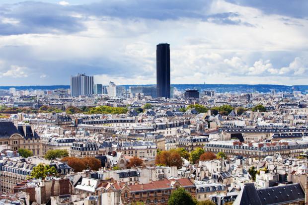 """Wieża Montparnasse w Paryżu to dla Igora Strzoka złe doświadczenie w dochodzeniu do tego, czy w przestrzeni miasta warto umieszczać """"unikalne akcenty wysokościowe""""."""