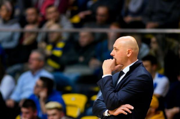Przemysław Frasunkiewicz ma o czym myśleć. Asseco Arka Gdynia fatalnie rozpoczęła rundę rewanżową w Energa Basket Lidze.