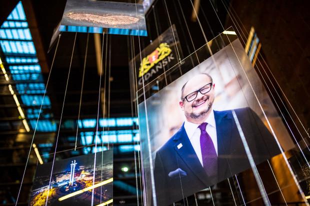"""Do końca stycznia można oglądać w ECS instalację artystyczną """"Antaby. Pamięci Prezydenta Adamowicza"""""""