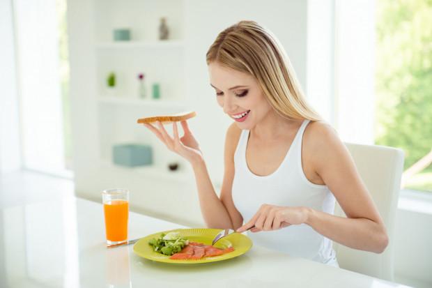 Jednym z najważniejszych elementów mądrego odchudzania są regularne posiłki.