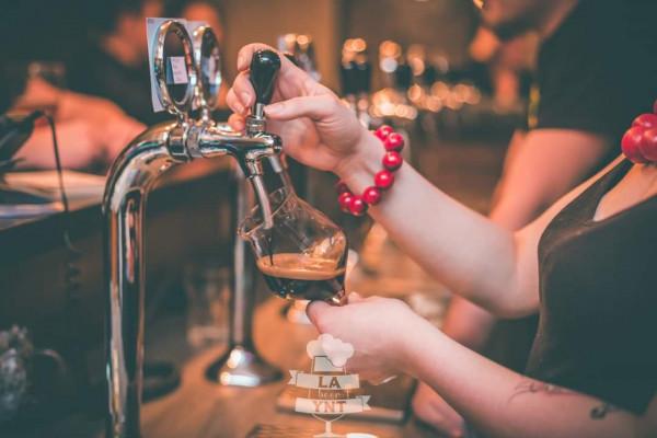 W tym dniu na kranach trójmiejskich pubów królować będą ciemne piwa.