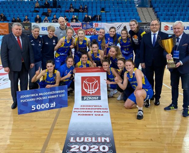 Gdyńskie koszykarki, zdobywczynie Młodzieżowego Pucharu Polski U-22.