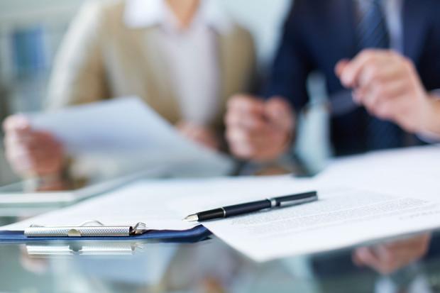 Zlecenie jest umową cywilnoprawną i nie mają do niej zastosowania przepisy prawa pracy, lecz przepisy Kodeksu cywilnego.