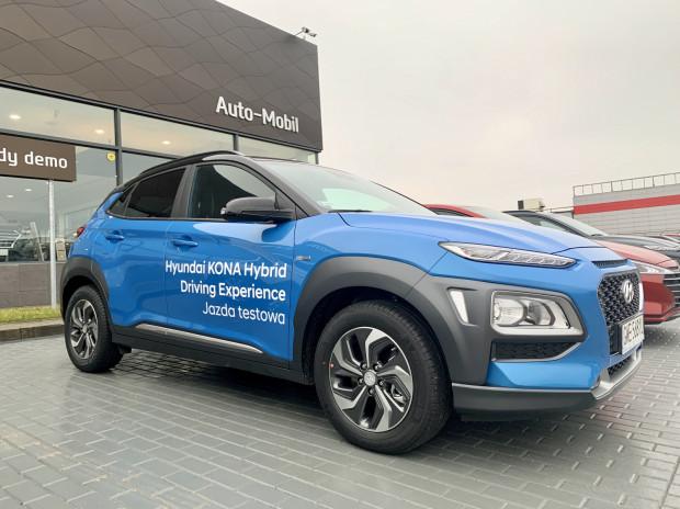 Hybrydowy Hyundai Kona gotowy do jazd testowych. Sprawdź, co potrafi.