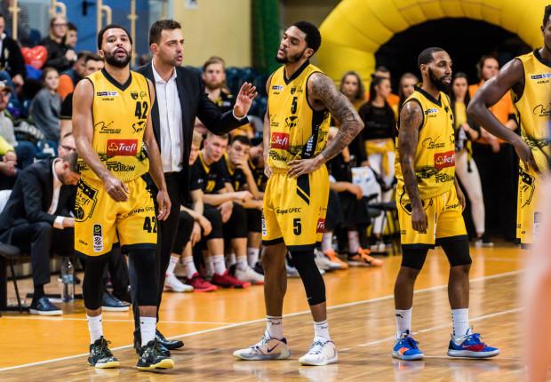 Po nieoczekiwanie udanej pierwszej części sezonu, koszykarze Trefla przegrali w trzech kolejnych meczach rundy rewanżowej sezonu zasadniczego Energa Basket Ligi.