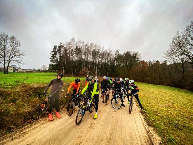 Treningi rowerowe z Michałem Bogdziewiczem to jedna z sobotnich możliwości dla aktywnych.