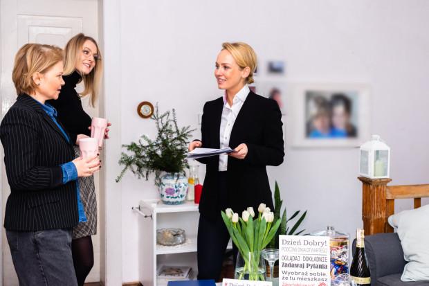 Dni otwarte mieszkań i domów z rynku wtórnego są często stosowaną praktyką za granicą. W Polsce sprzedający dopiero przekonują się do tej formy prezentacji nieruchomości.