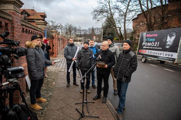 """O swoich planach, dotyczących kampanii miejskiej """"Stop Zdrovve Love"""", przedstawiciele Stowarzyszenia Odpowiedzialny Gdańsk odpowiedzieli podczas briefingu prasowego, który odbył się w czwartek, 30 stycznia br."""