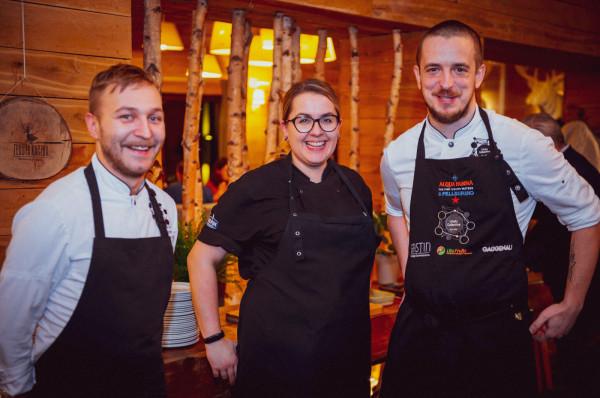 Za przygotowanie autorskich dań podczas kolacji odpowiadali szefowie kuchni: Krzysztof Konieczny, Magdalena Świątkowska i Jacek Koprowski.