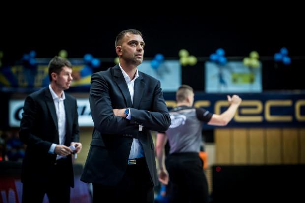Trener Marcin Stefański ma o czym myśleć. Jego zespół przegrał wszystkie cztery mecze w rundzie rewanżowej. Jeszcze jedna porażka sprawi, że wyrówna wynik z pierwszej fazy sezonu.