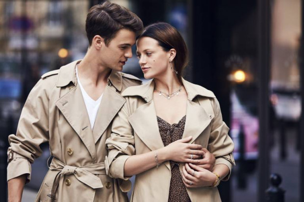 Zgrany duet tworzą rzeczy, które kupujemy w kompletach. Rzeczy do pary to dobry pomysł na walentynkowy prezent.