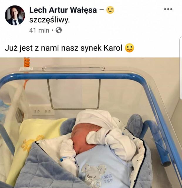 Informacją o narodzinach syna radny pochwalił się w mediach społecznościowych.