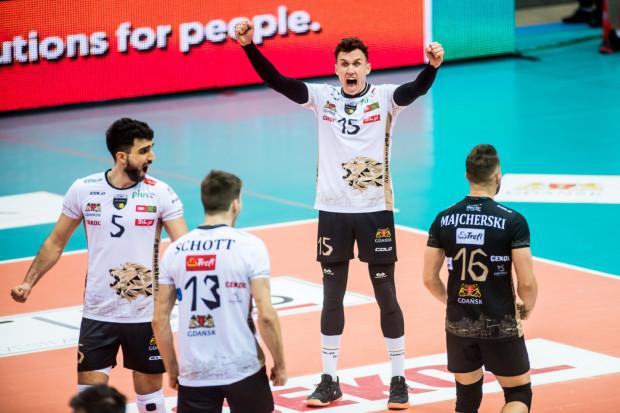Paweł Halaba (nr 15) zdobył 204 punkty w tym sezonie, co jest drugim wynikiem w Treflu Gdańsk po Bartoszu Filipiaku. Mogłoby ich być więcej, gdyby nie fakt, że przyjmujący opuścił cztery mecze ze względu na urazy.