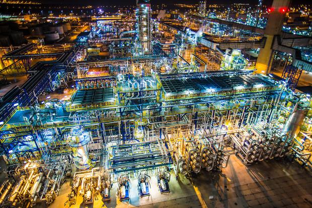 W ramach Grupy Orlen Gdańsk mógłby stać się ośrodkiem odpowiedzialnym za rozwój nowej mobilności, projektów związanych z elektromobilnością oraz paliwami alternatywnymi. Na zdjęciu gdańska rafineria.