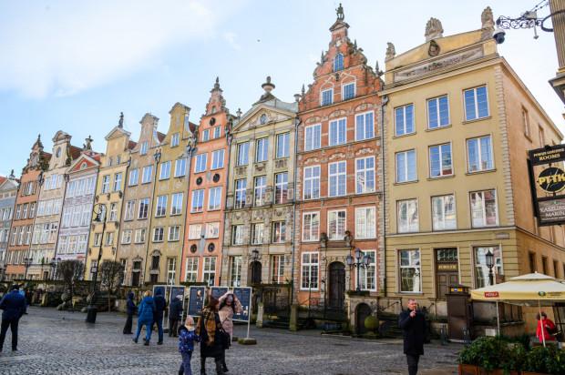 Kamienice na Długim Targu, w których ma powstać hotel.