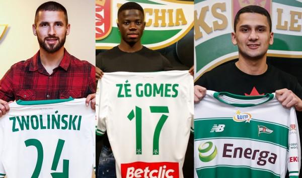 Trzech nowych piłkarzy dołączyło do Lechii Gdańsk w ciągu dwóch dni. To Łukasz Zwoliński (z lewej) przyszedł z chorwackiego HNK Gorica, Ze Gomes (w środku) został wypożyczony z Benfiki Lizbona, a Omran Haydary został pozyskany z Olimpii Grudziądz.