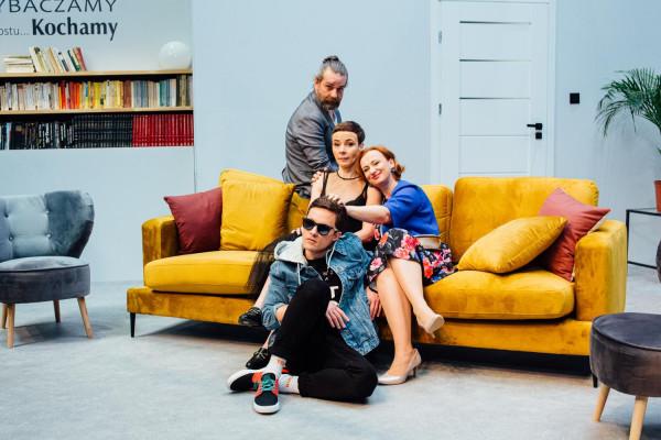 """Spektakl """"Inteligenci"""" to druga premiera Teatru Wybrzeże w tym roku. Premiera przedstawienia odbędzie się 16 lutego."""