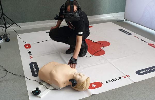 Uczestnicy przeniosą się do wirtualnej rzeczywistości. Ich zadaniem będzie uratowanie życia poszkodowanej osobie.