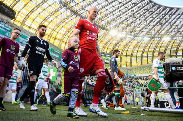 Już 14 lutego w meczu Piastem Gliwice mają zagrać nowi piłkarze Lechii Gdańsk, ale zespół po przebudowie znacznie lepsze oblicze powinien prezentować 11 marca, kiedy mistrzowie Polski ponownie stawią się w Gdańsku.