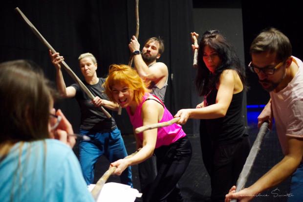 """Trwają próby do spektaklu dla dzieci """"Księga Dżungli"""", którego premiera odbędzie się 14 marca na Nowej Scenie."""