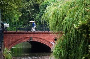 Romantycznych miejsc w Gdańsku nie brakuje. Jednym z nich jest most przy ulicy Korzennej przy Ratuszu Staromiejskim, dedykowany od wczoraj zakochanym.