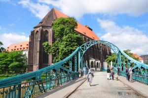 Zabytkowy Most Tumski we Wrocławiu - pierwszy w Polsce Most Miłości.