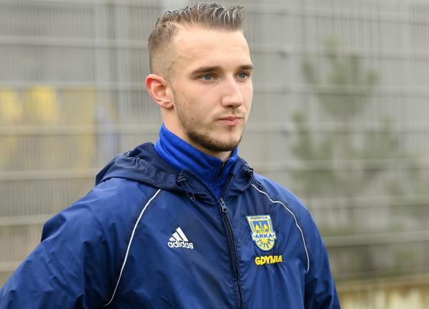 Paweł Olszewski ostatnie 2,5 roku występował w I lidze. Przez 2 lata grał w Wigrach Suwałki, a następnie został wypożyczony do Stali Mielec.