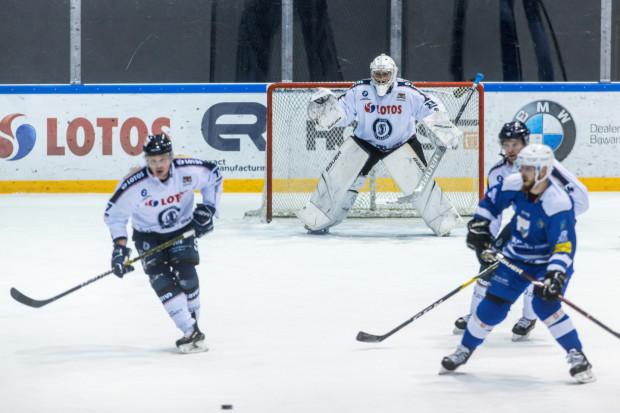 Tomas Fucik wraz z kolegami w piątek w Oświęcimiu rozpoczną zmagania w ćwierćfinale play-off.