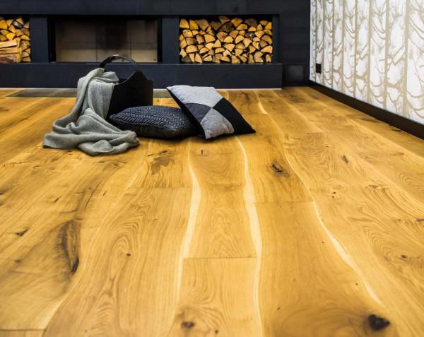 Sam wzór drewna dodaje podłodze niepowtarzalności.