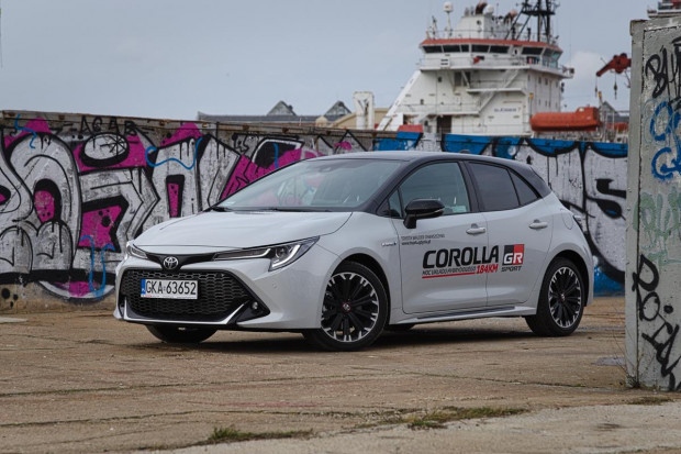 Nowa Toyota Corolla w wersji GR Sport startuje od kwoty 119 900 zł.