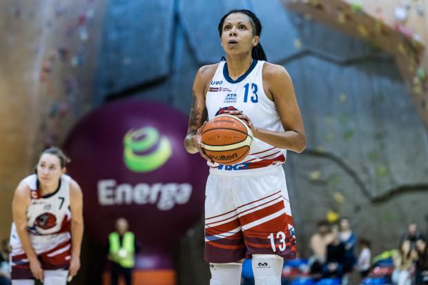 Jenna Smith wystąpiła w 18 meczach DGT Politechniki Gdańskiej. Średnio zdobywała 8,6 punktu, notowała 8,4 zbiórki i 2,2 asysty w każdym meczu.
