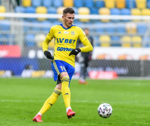 Adam Deja rozegrał w Arce Gdynia 47 oficjalnych meczów, strzelił 3 gole.