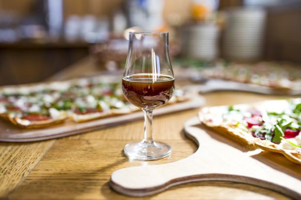 Beer Food Week by Grimbergen to okazja do spróbowania połączenia dań z piwem.